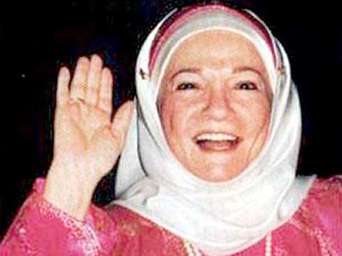 وفاة معبودة الجماهير الفنانة شادية